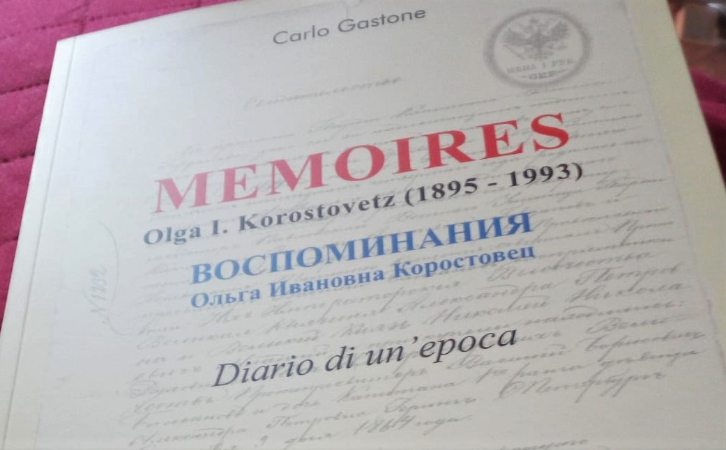 Memoires libro chiuso